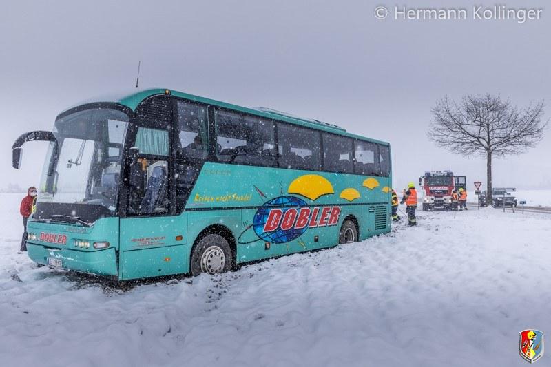 Busbergung_Schnee120121_Kollinger-11