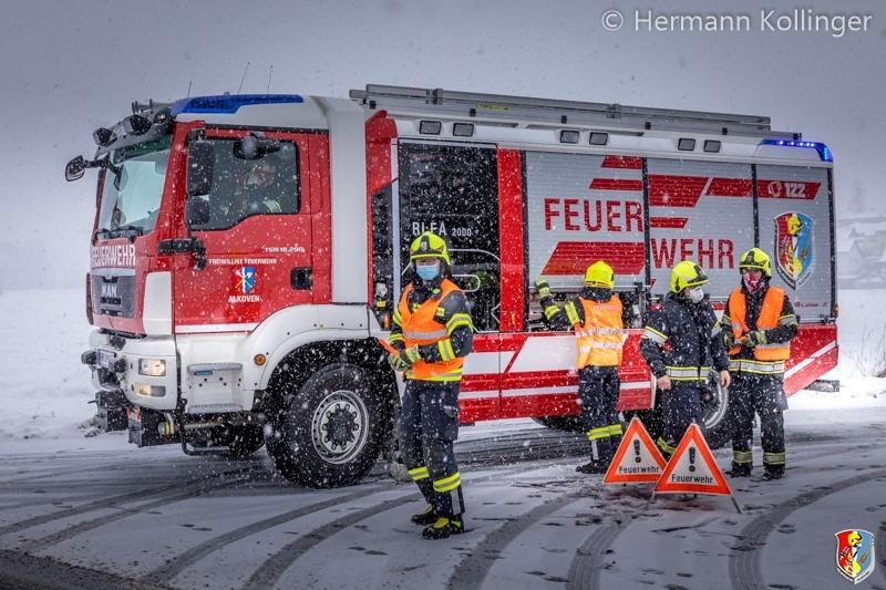 Busbergung_Schnee120121_Kollinger-2