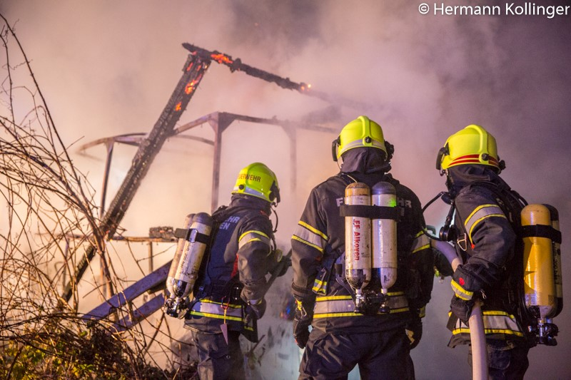 Huettenbrand271117_Kollinger-13