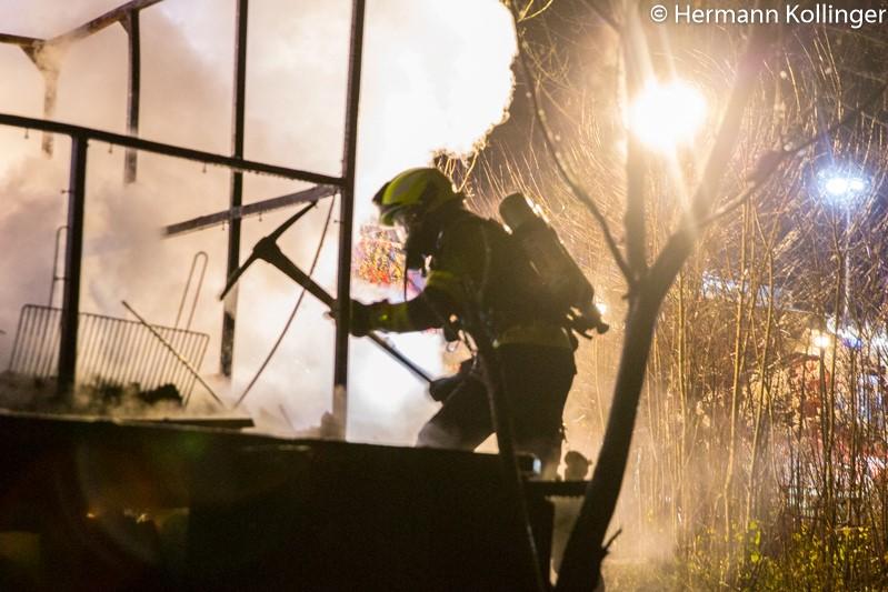 Huettenbrand271117_Kollinger-22
