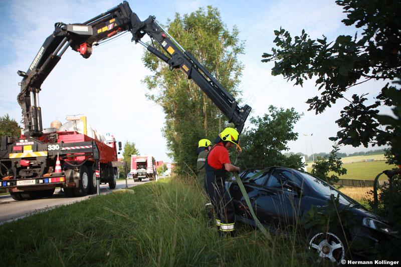 22.06.2011: Verkehrsunfall auf B 129 beim Hundeabrichteplatz