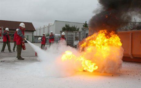 Feuerlöschaktion / Foto: Kasi
