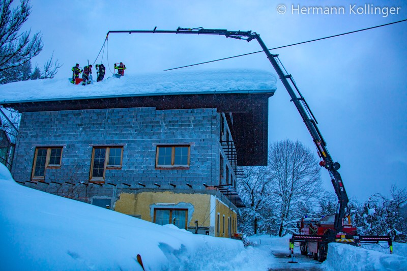 Video: Anfahrt zum Schneedruck-Kat-Einsatz in Rosenau/Hengstpass, 12.01.2019