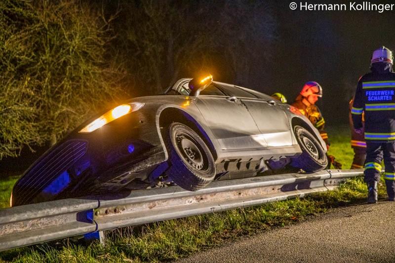 06.11.2019: Autobergung nach Verkehrsunfall in Scharten